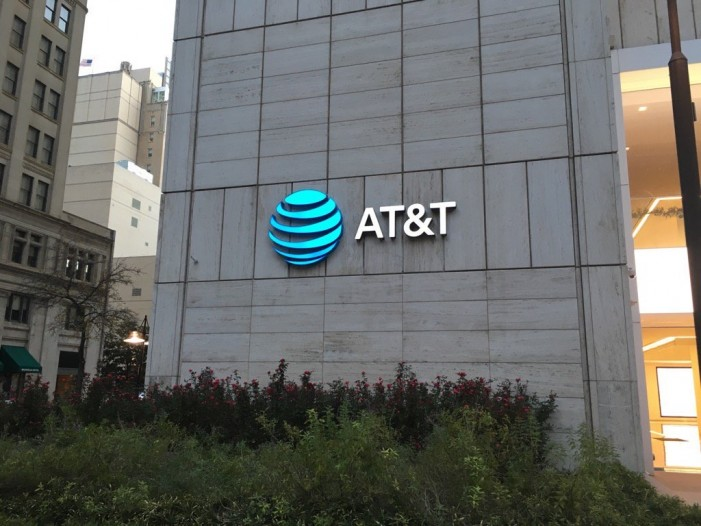 US: AT&T, Time Warner offer merger details to quell senators' concerns