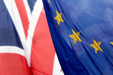 UK: Davis stays on as UK Brexit Secretary despite election