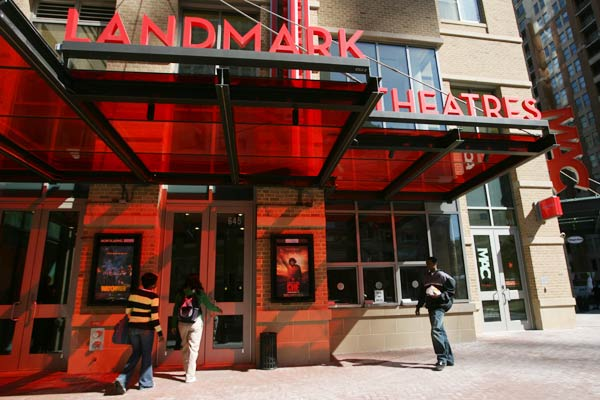 US: Landmark theaters hit with antitrust lawsuit again