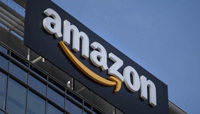 US: Trump targets Amazon, again