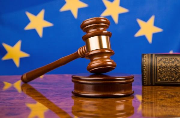 EU: Facebook, Google get hit with GDPR suits totaling US$8.8b