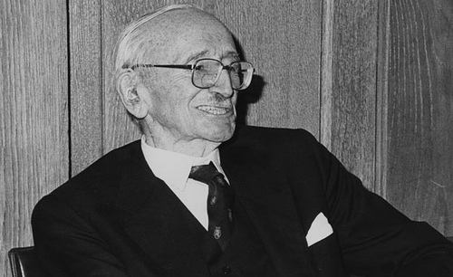 Hayek as a New Brandeisian? The Need to Distinguish Theory from Practice in Hayekian Competition Policy