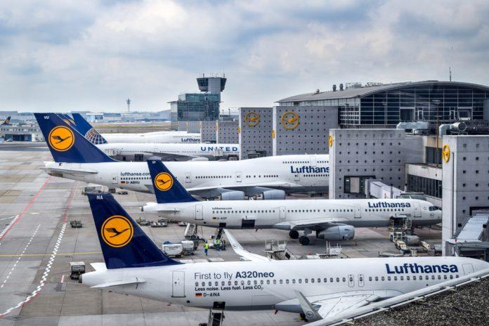 lufthansa airlines jets